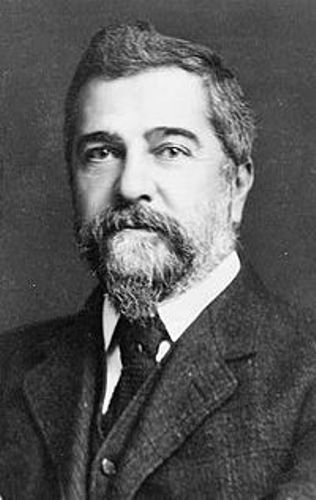 Louis Comfort Tiffany Facts