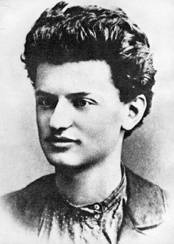 Leon Trotsky 1897
