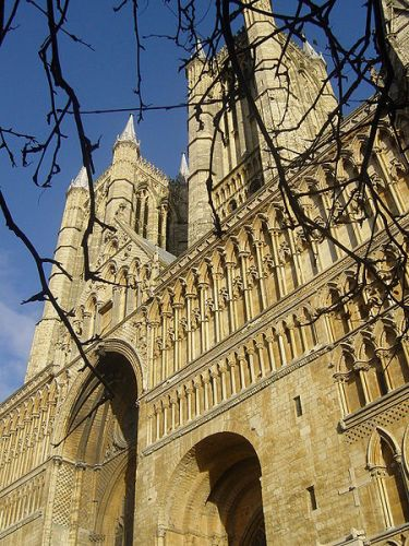 Lincoln Cathedral Facts
