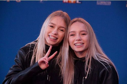 Facts about Lisa and Lena