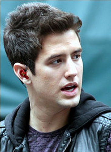 Facts about Logan Henderson