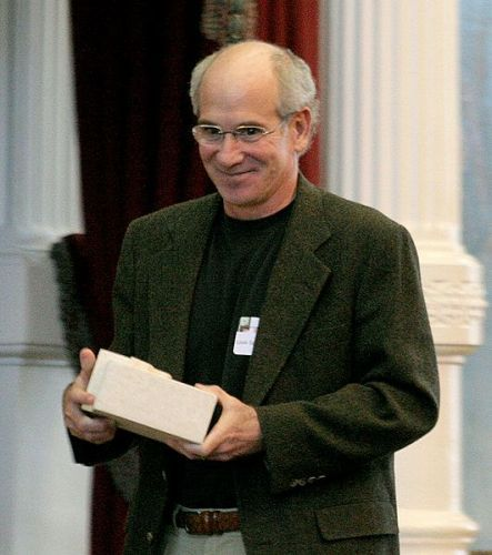Facts about Louis Sachar